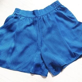 ジーユー(GU)のドット柄スカート風ショートパンツ(ショートパンツ)