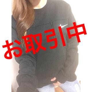 ナイキ(NIKE)のナイキ♡メンズ♡胸元ポケット付♡シンプル♡ロゴトレーナー♡(トレーナー/スウェット)
