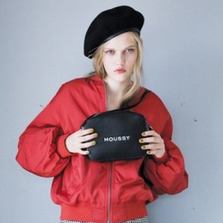 moussy - 今季MOUSSYスーベニアショルダーバッグ ブラック WEB首都圏特定2店舗限定