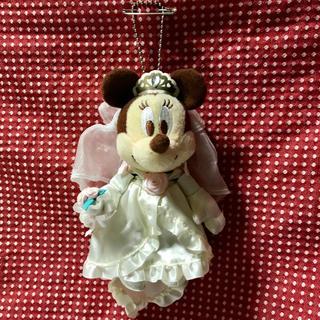 ディズニー(Disney)のTOKYO Disney RESORT★ミニーマウス キーホルダー 花嫁(キャラクターグッズ)