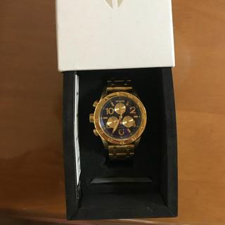 ニクソン(NIXON)の金 時計 (金属ベルト)