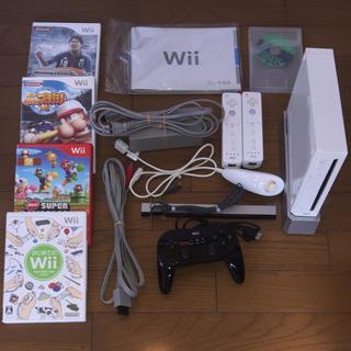 ウィー(Wii)のwii ソフトセット(家庭用ゲーム本体)