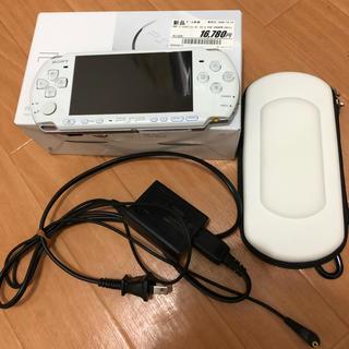 プレイステーションポータブル(PlayStation Portable)のPSP 3000 パールホワイト(携帯用ゲーム本体)