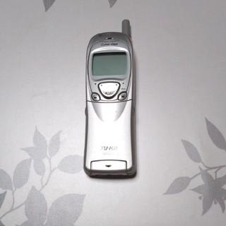 ミツビシ(三菱)のTU-KA Cyber Giga☆ガラケーシルバー(携帯電話本体)