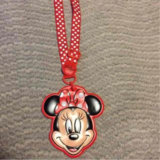 ディズニー(Disney)のミニーちゃん パスケース(名刺入れ/定期入れ)