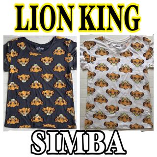 ディズニー(Disney)の【NEW】白S1 シンバ 総柄Tシャツ(Tシャツ(半袖/袖なし))