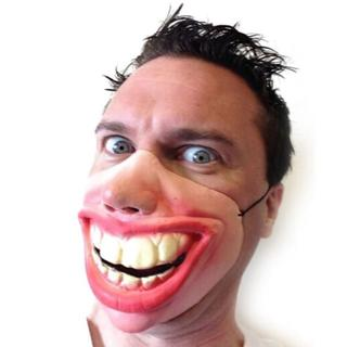 即買OK新品!変な笑い顔ラバーマスク/コスプレハロウィン仮想(その他)