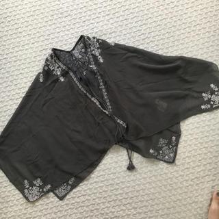 トゥモローランド(TOMORROWLAND)のポンチョ  羽織り トゥモローランド MACPHEE(ボレロ)