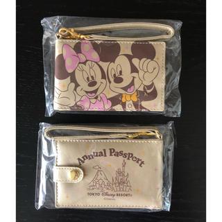 ディズニー(Disney)の東京ディズニーリゾート30周年年間パスポート購入者特典パスケース 2個セット(キャラクターグッズ)