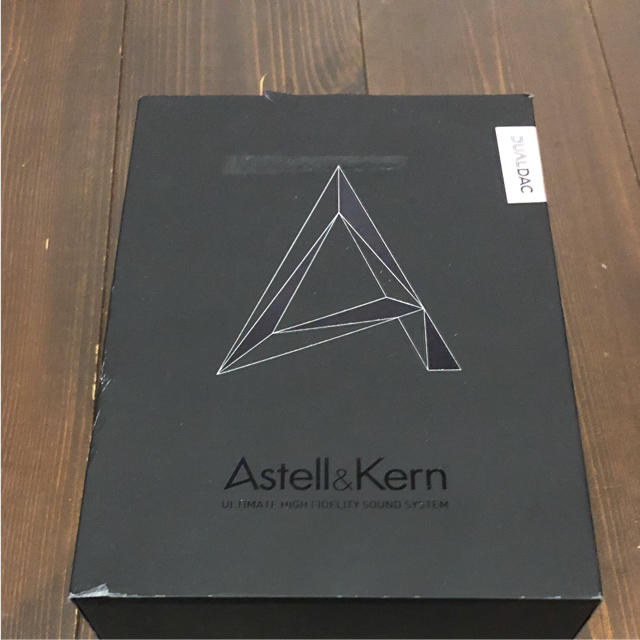 iriver(アイリバー)のAstell&Kern AK320 スマホ/家電/カメラのオーディオ機器(ポータブルプレーヤー)の商品写真