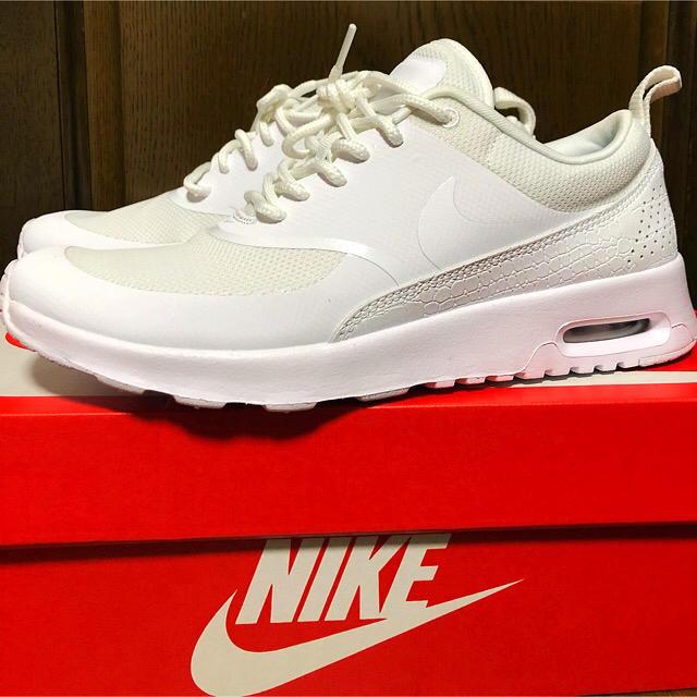 NIKE(ナイキ)の【新品】エアーマックス シア 24cm 送料込み レディースの靴/シューズ(スニーカー)の商品写真