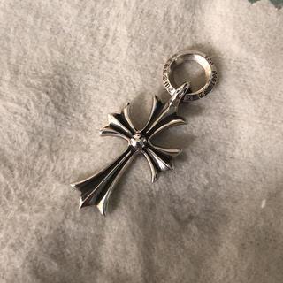 クロムハーツ(Chrome Hearts)のクロムハーツ タイニーchクロス チャーム(ネックレス)