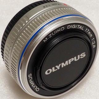 オリンパス(OLYMPUS)のオリンパス 17mm F2.8 パンケーキレンズ 単焦点レンズ スナップ・風景(レンズ(単焦点))