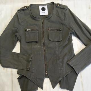 アゴストショップ(AGOSTO SHOP)のブラックパール アゴストのジャケット(ノーカラージャケット)