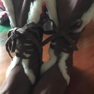 エミュー(EMU)のemu エミュー ムートンブーツ(ブーツ)