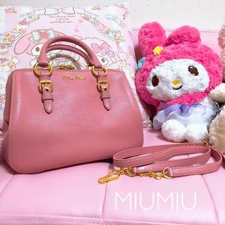 ミュウミュウ(miumiu)の値段相談可 新品同様 (ハンドバッグ)