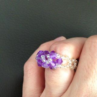 ハンドメイド ビーズリングクリアな紫(リング(指輪))