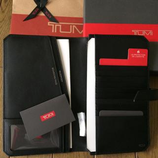 トゥミ(TUMI)のTUMI トゥミ パスポートケース お値下げ(旅行用品)