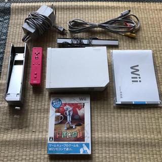ウィー(Wii)のWii すぐに遊べるセット ちびロボは売り切れのため画像2のソフトになります(家庭用ゲーム本体)