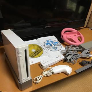 ウィー(Wii)のwill本体セット➕ソフト2枚(家庭用ゲーム本体)