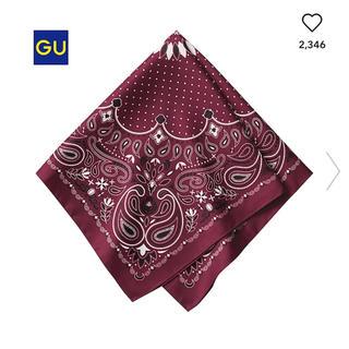 ジーユー(GU)のGU 新品  ペイズリー柄スカーフ(バンダナ/スカーフ)