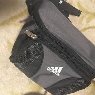 アディダス(adidas)の新品アディダスウエストポーチ(ボディバッグ/ウエストポーチ)