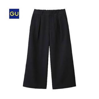 ジーユー(GU)のGU チノガウチョパンツ 黒 M(カジュアルパンツ)