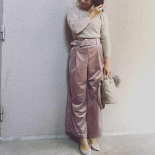 ジーユー(GU)のGU ジーユー ベロア ピンク ダスティピンク パンツ ワイドパンツ S(カジュアルパンツ)