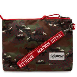 メゾンキツネ(MAISON KITSUNE')の新品▪︎MAISON KITSUNE × EASTPAK クラッチ ポーチ(クラッチバッグ)
