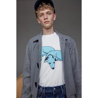 ジーユー(GU)の新品 タグ付き GU gu  ❤️ 犬 グラフィック Tシャツ(Tシャツ/カットソー(半袖/袖なし))