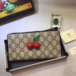 グッチ(Gucci)の美品GUCCI チェリーつき 長財布 ジップアラウンド(長財布)