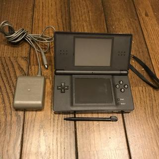 ニンテンドーDS(ニンテンドーDS)のニンテンドーDS ライト(携帯用ゲーム本体)