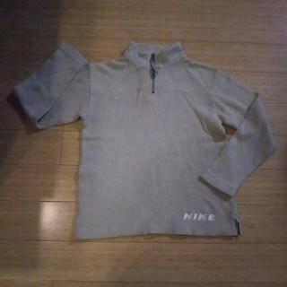 ナイキ(NIKE)のナイキ おしゃれめトップス130(Tシャツ/カットソー)