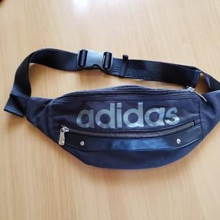 アディダス(adidas)のウエストポーチ(ウエストポーチ)