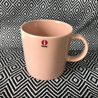 イッタラ(iittala)の日本未発売  イッタラ ティーマ  パウダー マグカップ  フィンランド限定(食器)