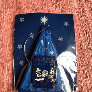ディズニー(Disney)のディズニー アンバサダーホテル ピンバッチ クリスマス 非売品(バッジ/ピンバッジ)