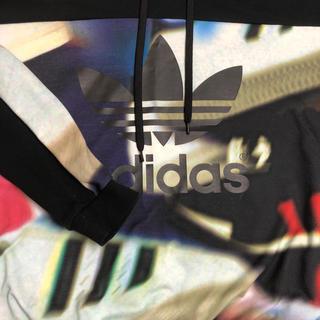adidas - adidasパーカー
