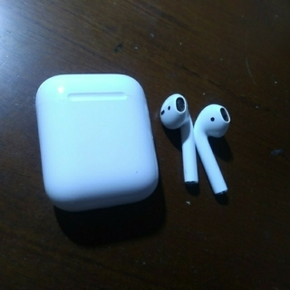 AirPods 中古