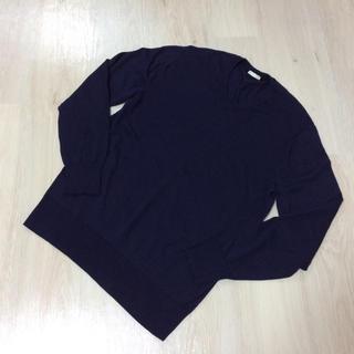 ジーユー(GU)の美品♡ジーユー メンズVネックニット セーター(ニット/セーター)
