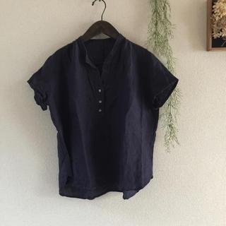 フレームワーク(FRAMeWORK)のネイビーリネンプルオーバー(シャツ/ブラウス(半袖/袖なし))