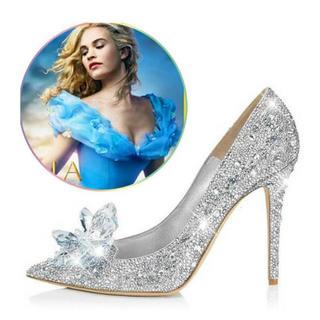【美品】結婚式 パンプス シンデレラ ガラスの靴 キラキラ ラインストーン(ハイヒール/パンプス)