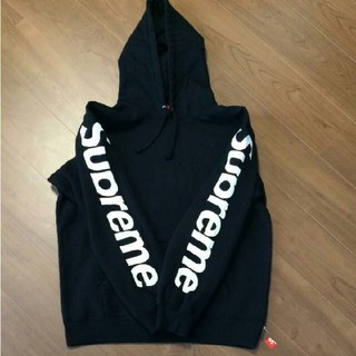 シュプリーム(Supreme)のsupreme Sideline Hooded Sweatshirt (パーカー)