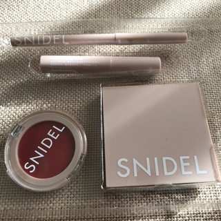 <snidel>sweet付録化粧アイテム