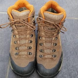 シリオ(SIRIO)のシリオ 登山靴(登山用品)