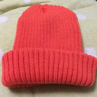ウィゴー(WEGO)のオレンジニット帽(ニット帽/ビーニー)