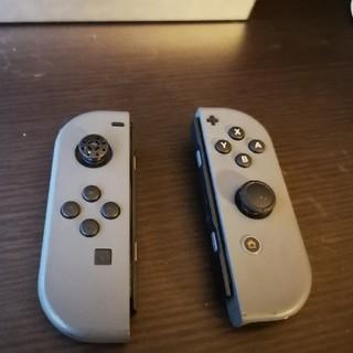 ニンテンドースイッチ(Nintendo Switch)のswitchコントローラー joy-con グレー ジャンク品(家庭用ゲーム本体)