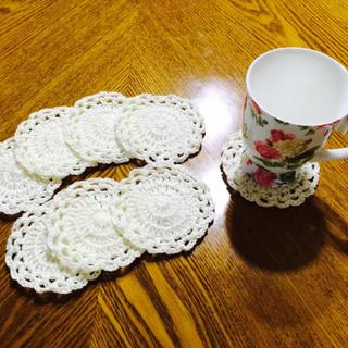 お花のコースター ハンドメイド レース編み風 ドイリー