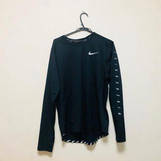 ナイキ(NIKE)のNIKE ランニング 長袖Tシャツ Lサイズ(陸上競技)