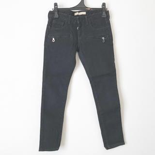 アンスクウィーキー(UNSQUEAKY)のアンスクウィーキー 黒 デニム ジーンズ パンツ 日本製(デニム/ジーンズ)