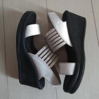 サンダル 白 レディース ジュニア 女の子 子供 靴 22cm(サンダル)